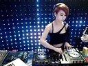广东Dj恋恋 - 美女DJ现场打碟视频