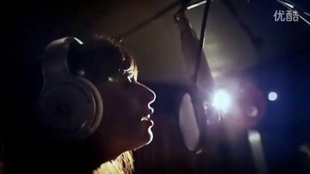 Clarity - Zedd,Foxes MV 超高清在线观看