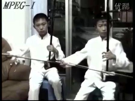 二胡打擂 7岁儿童 二胡齐奏  204狂速演奏 战马奔腾 余其远学生 臧轩纬 何欣  二胡名师弟子