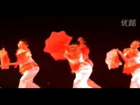 东师舞蹈教学作品晚会《女东北秧歌手绢组合》