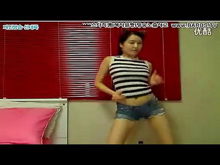 韩国性感美女 bj 诱惑甩奶舞