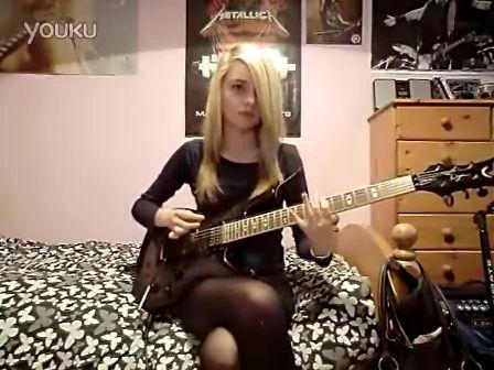 外国美女吉他手弹金属