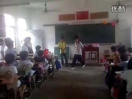 恩平鬼步舞 学校  东安小学