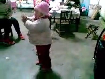 可爱儿童舞蹈