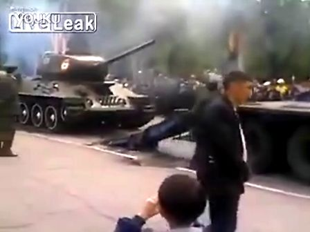坦克T-34太重了,连大卡都受不了!