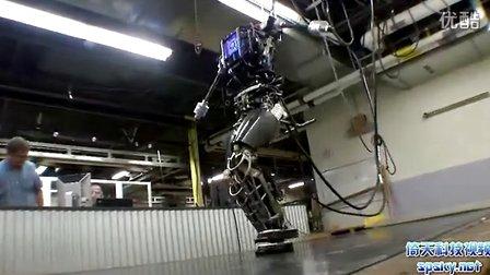 酷似终结者 美军研发最先进人形机器人