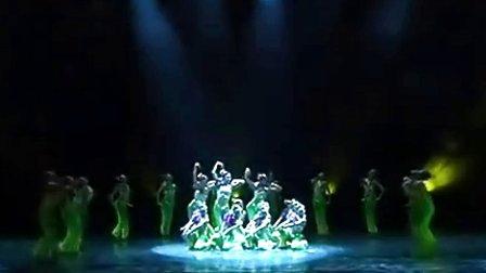 舞蹈 且吟春雨