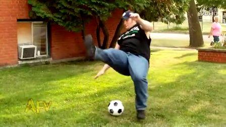 【youtube奇趣精选】二货的逗比足球方式
