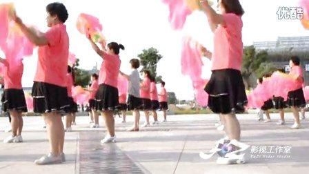 2015.8.17隩滨公园广场舞《小苹果》 - 优酷视