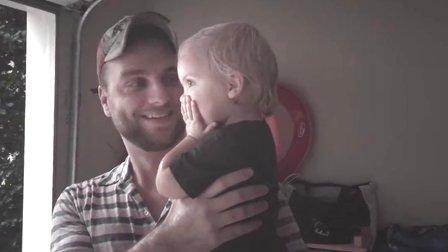 【发现最热视频】童真的美好!老外爸爸带孩子